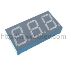 0.56'' 3 digit 7 segment led Display with diamond cut font